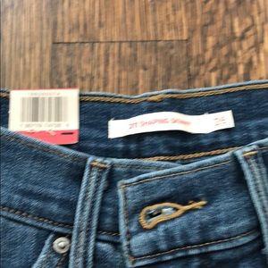 Levi's Jeans - NWT Levi's 311 Shaping Skinny MidRise